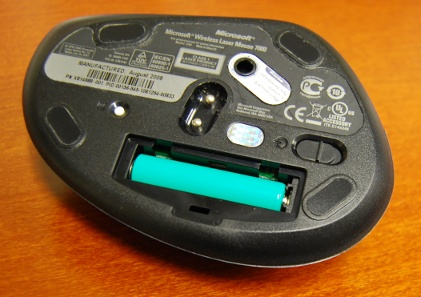 Microsoft LaserMouse 7000 upside-down with open battery compartment